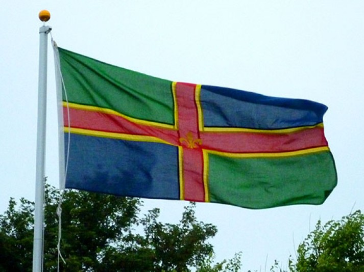 A Lincolnshire flag flying in Cleethorpes